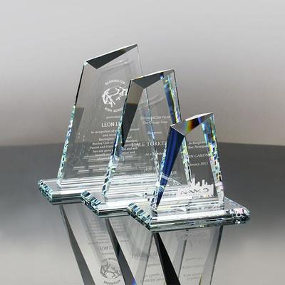 Noble Custom Engraving Faceted Kryptonite Glass Award