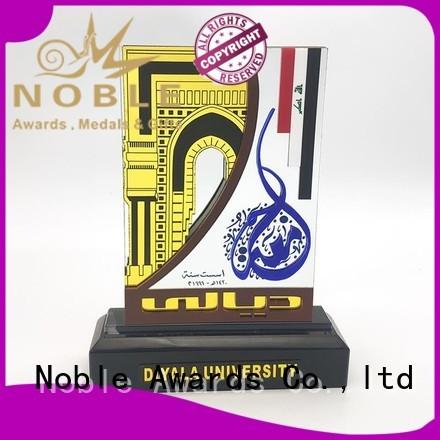 Noble Awards New design glass trophy For Sport games