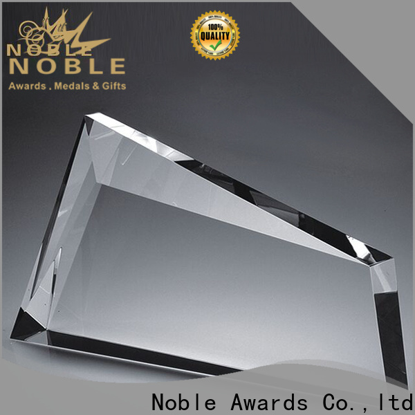 high-quality Crystal Trophy Award premium glass free sample For Sport games