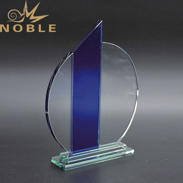 2019 Noble High Quality Customized Wholesale Glass Crystal Trophy Award