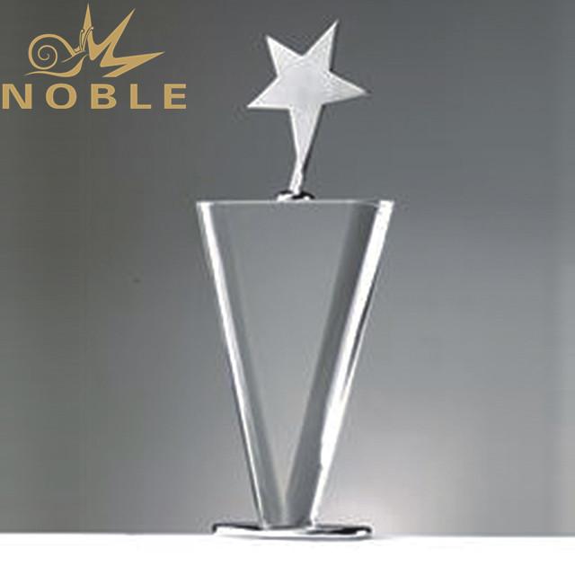 Star crystal award with clear crystal base