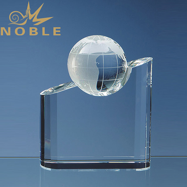 Excellent design free engraving crystal globe trophy