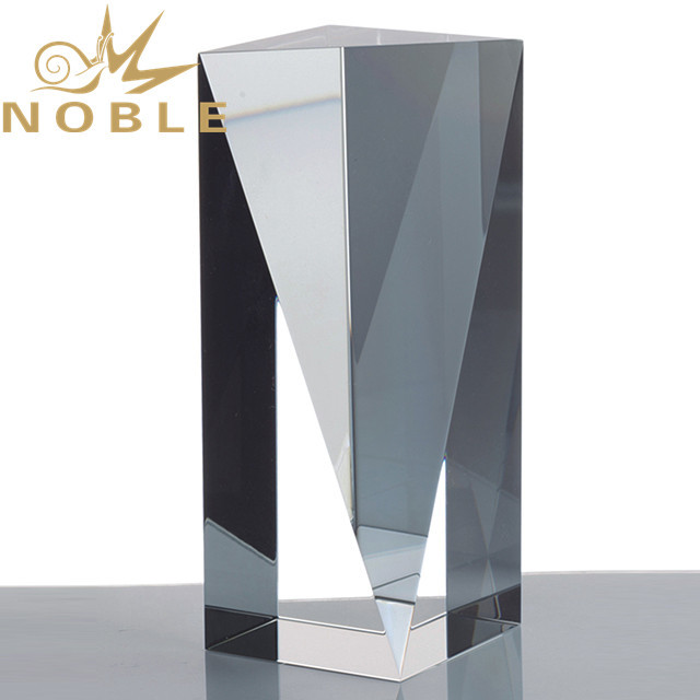 Noble Custom Engraving Crystal Cube Trophy
