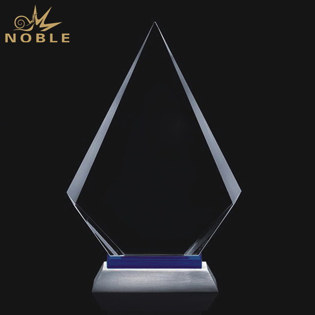 Hot Sale Crystal Flame Award On Silver Metal Base