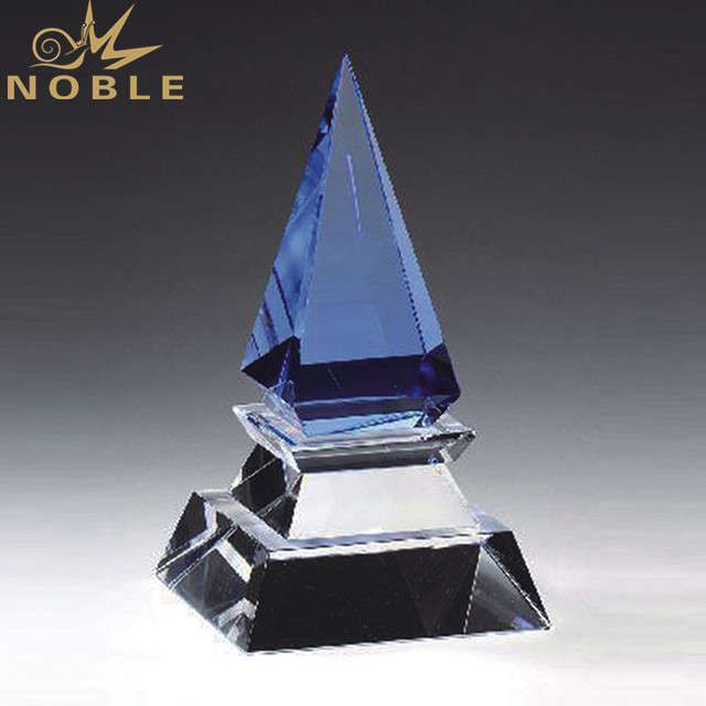Custom K9 Crystal Pyramid Trophy