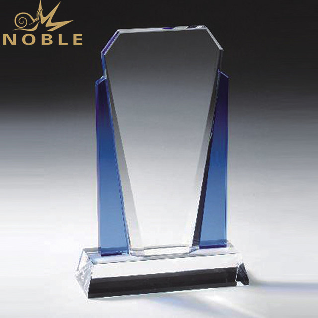 Custom Fashion Cheap Crystal Trophy Award