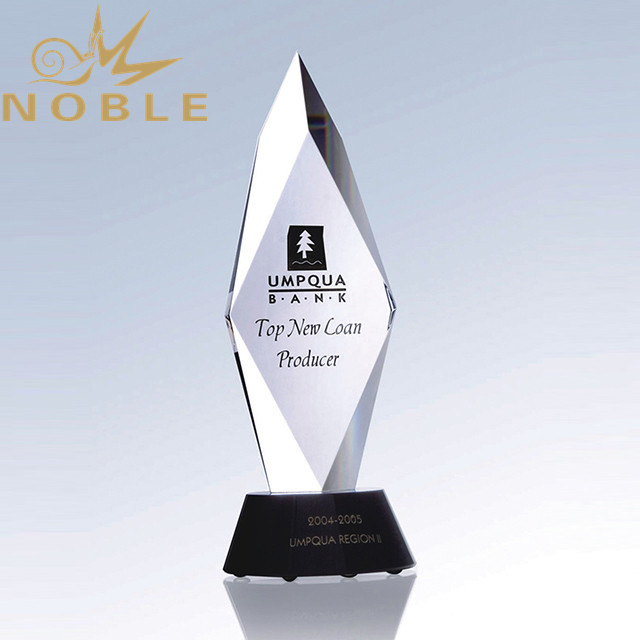 New Design High Quality Crystal Obelisk Trophy