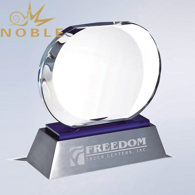 Noble Hot Selling High Quality Crystal Plaque Award with Metal Base