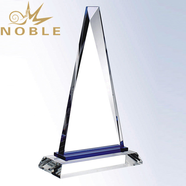 Free Engraving New Design Crystal Pyramid Plaque Award