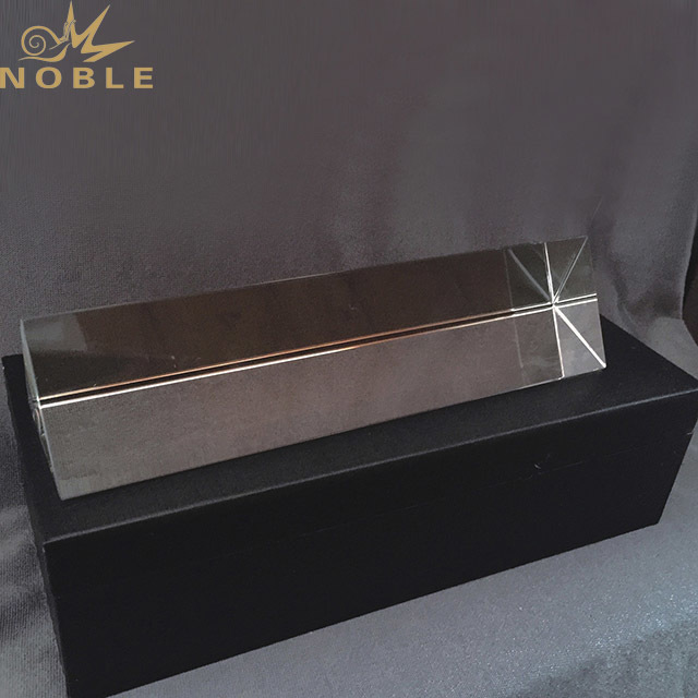 Noble Unique Customized Crystal Cube Award Trophy as Islamic Souvenir Gifts