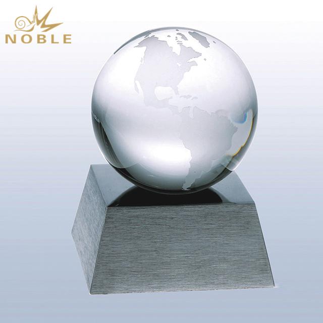 Cheap Crystal Globe Award On Base