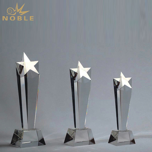 Wholesale high quality Crystal Star Trophy