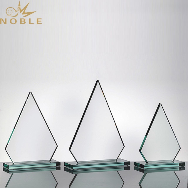 2019 Noble Customized Crystal Beautiful Trophy