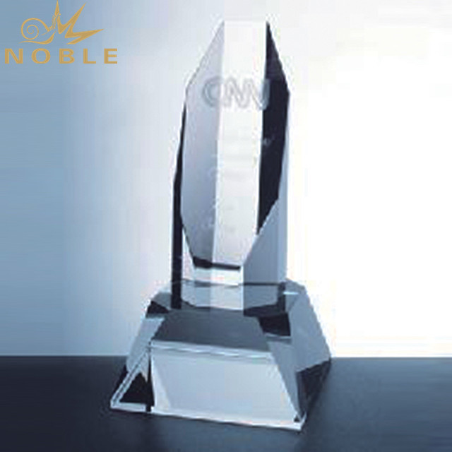 Custom Optical Award Crystal Curve Trophy