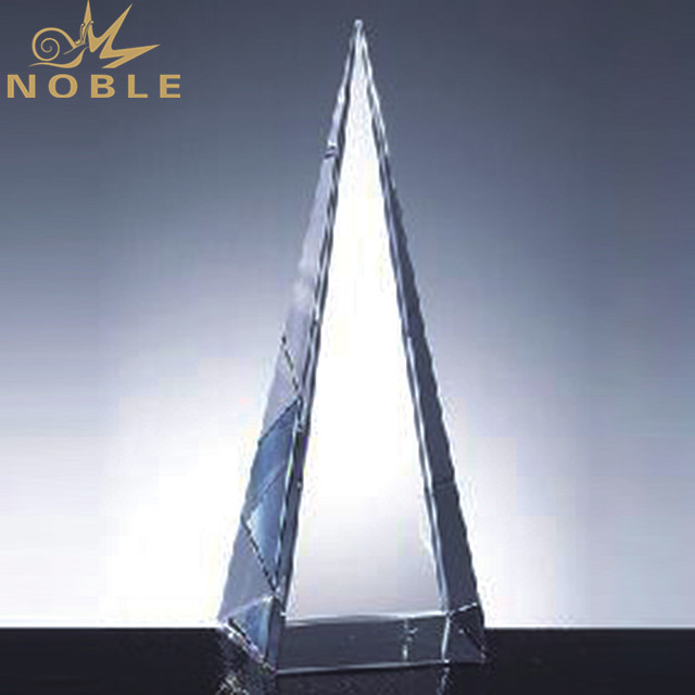 Customized Triangle Crystal Pyramid Trophy