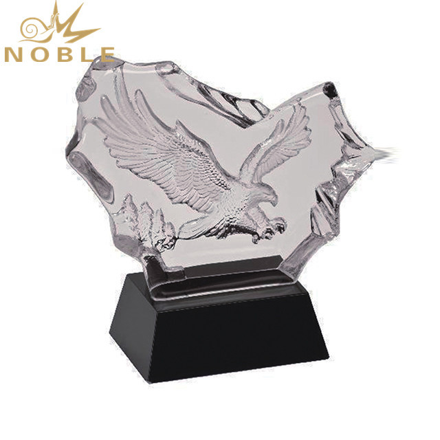 High Quality Eagle Crystal Trophy With Black Base Awards Souvenirs
