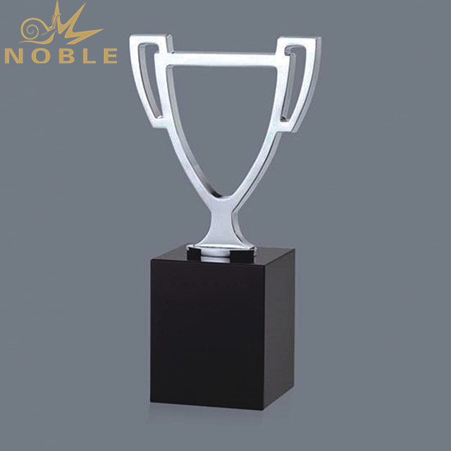 Big Crystal Cup Trophy With Black Base