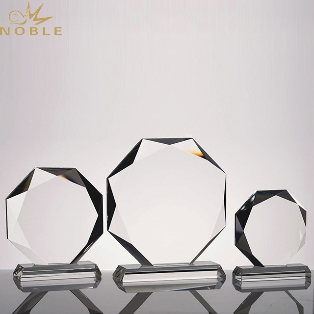 2019 Noble Art Style High Quality Business Custom k9 Crystal Award Trophy