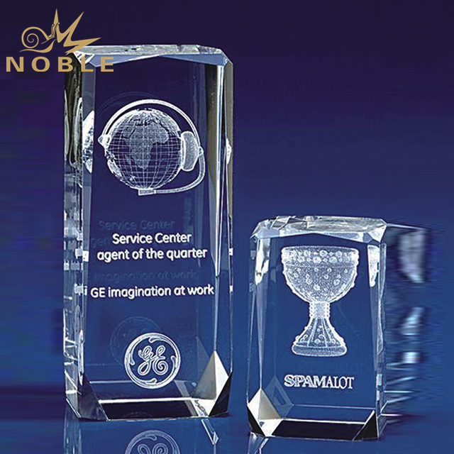 Customized Size Crystal Cube For Souvenir Gift
