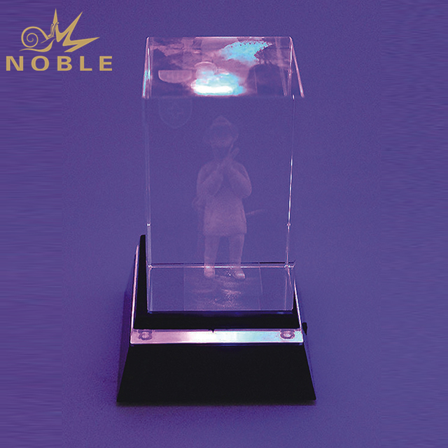 Hot Sale Crystal Cube On LED Base For Gifts