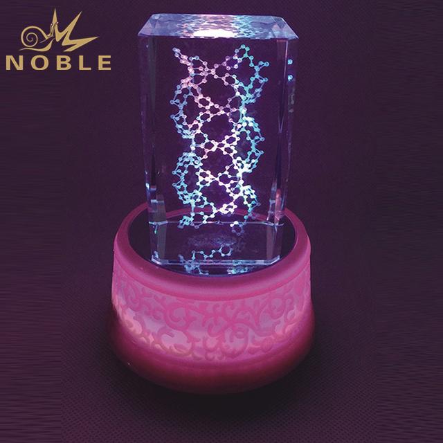Hot Selling Crystal Cube On Round LED Base