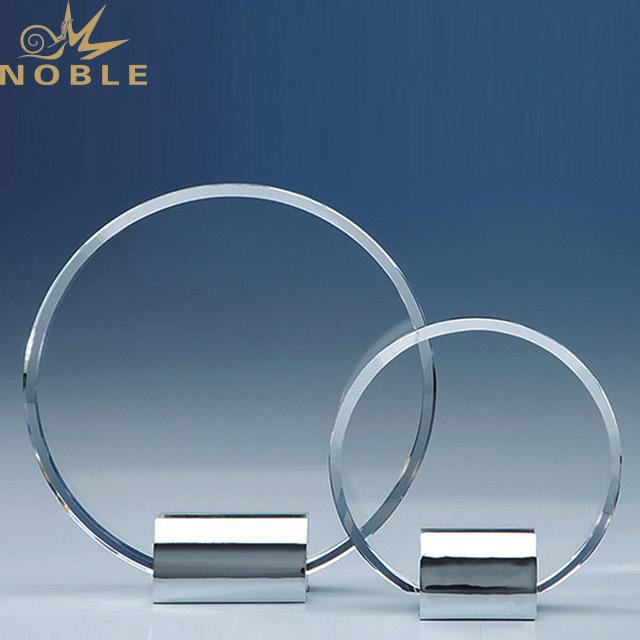 2019 Noble Large Gold Awarding Latest Metal Star Trophy Parts Black Cups Bases Design