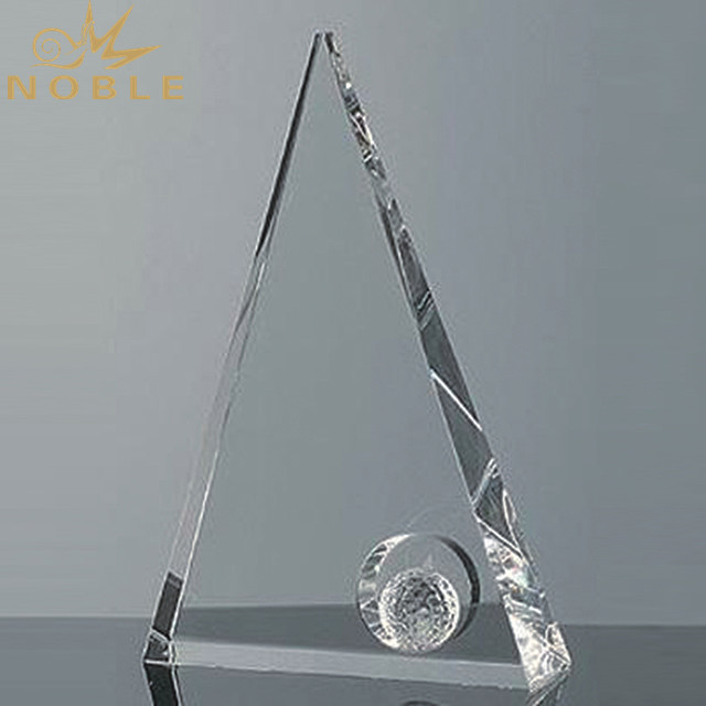 Customize Triangle Crystal Pyramid Trophy For Business Souvenir