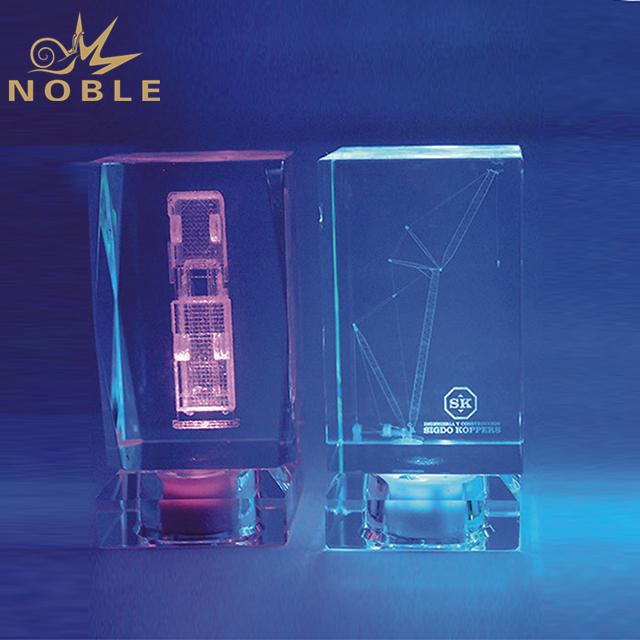 Cheap Customized K9 Crystal Cube On Crystal LED Base