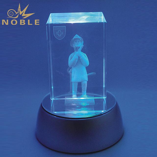 Customized Crystal Cube With LED Base