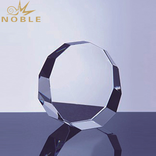 Wholesale Custom Award Crystal Trophy With Engraved Logo