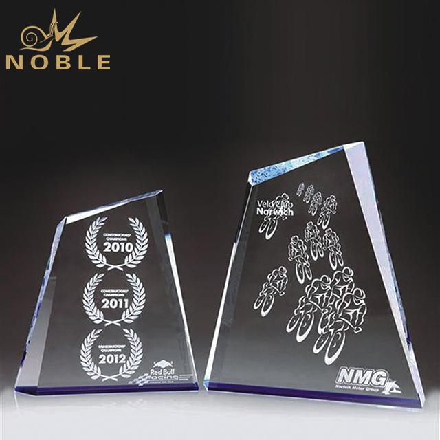 Customized Logo Crystal Peak Award Plaque