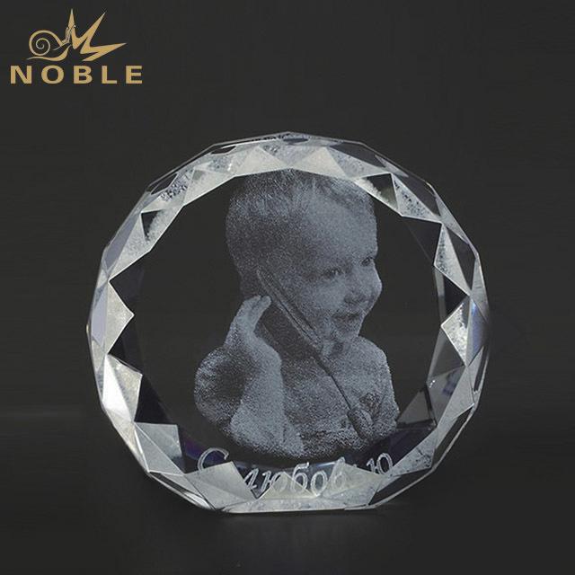 2019 Noble Manufacturer Custom New Design 3D Laser Star Crystal Trophies and Awards Wholesale Sports Trophy