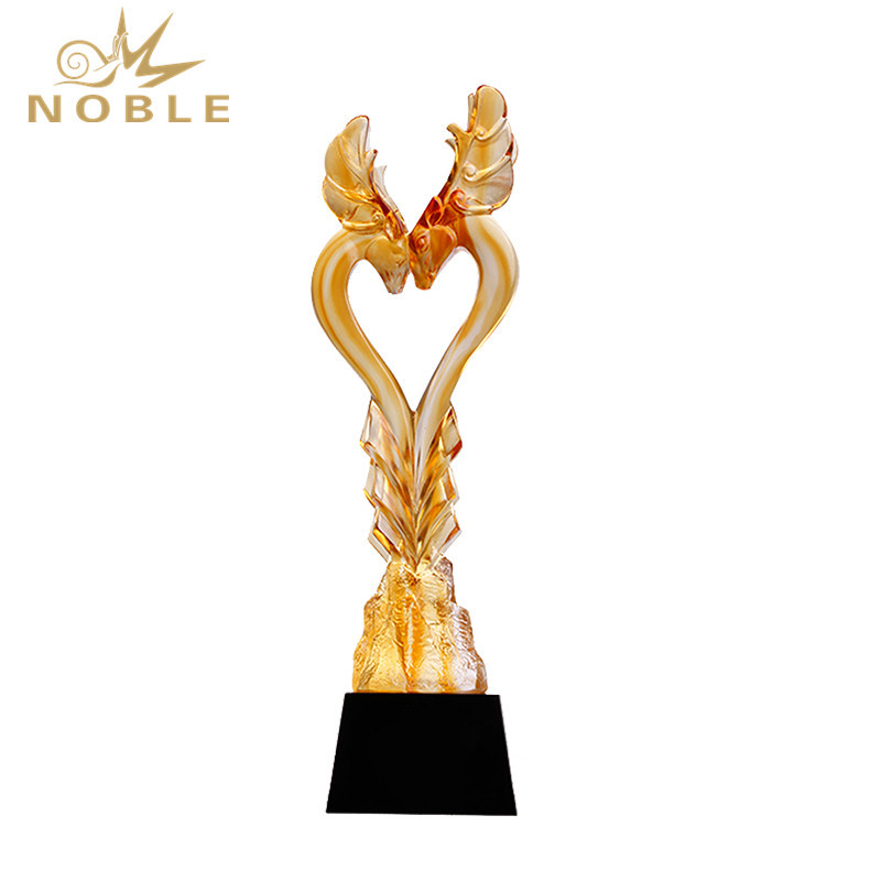 Elegant Decorative Liuli China Award Trophy