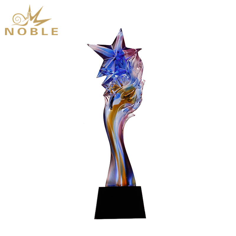 New Design Colorful Star Liu Li Trophy On Crystal Base