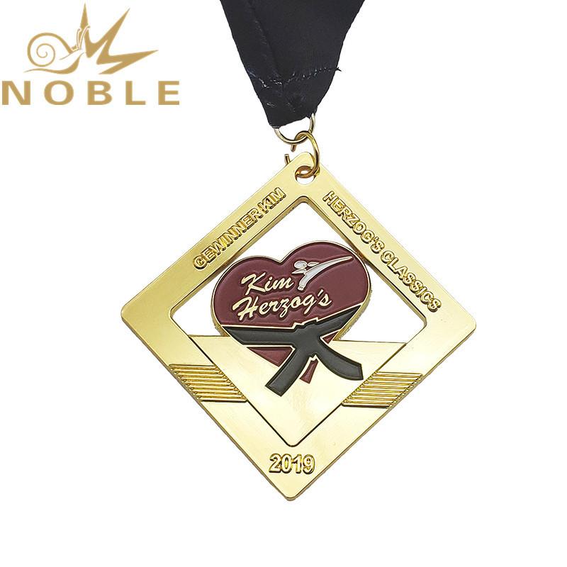 Soft enamel custom metal medal