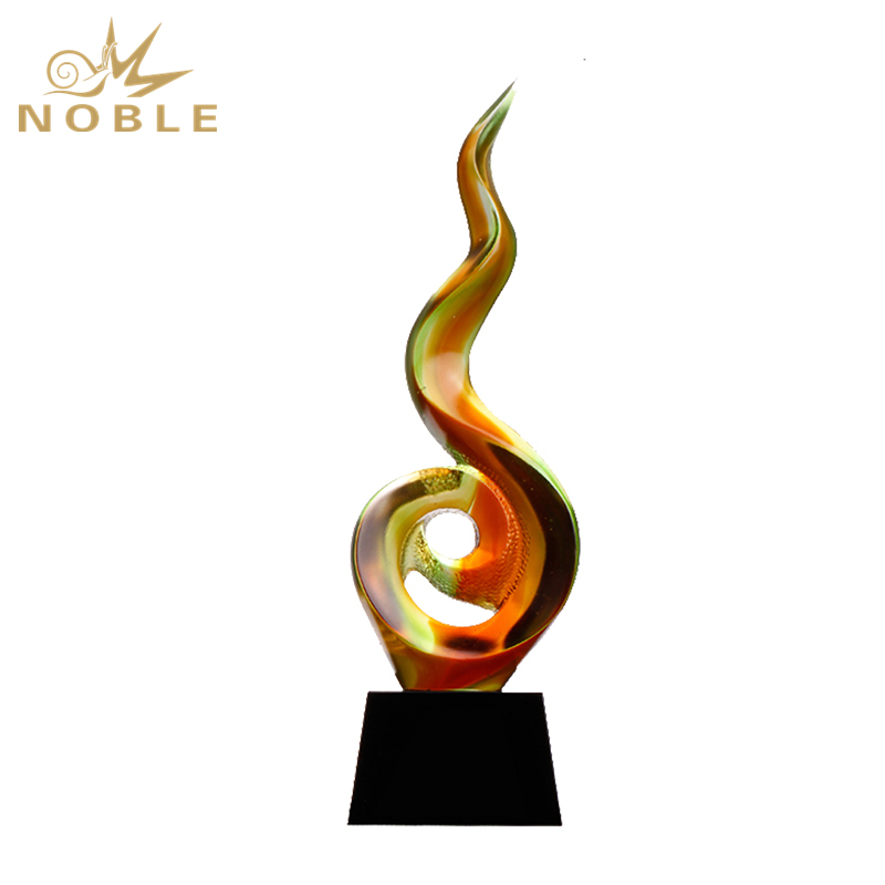 Hot Sale Customized Colored Liu Li Trophy