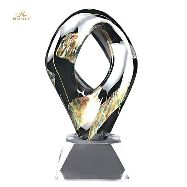 2019 Noble Elegant Decorative China Art Glass Trophies