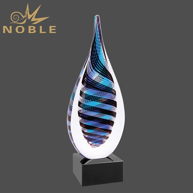 Hand Blown Free Custom Engrave Logo Art Glass Trophy