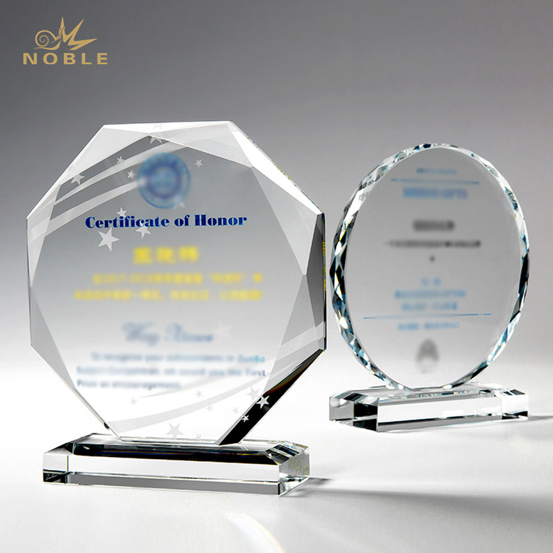 Hot Sale Crystal Trophy Custom Design in Sport Competion