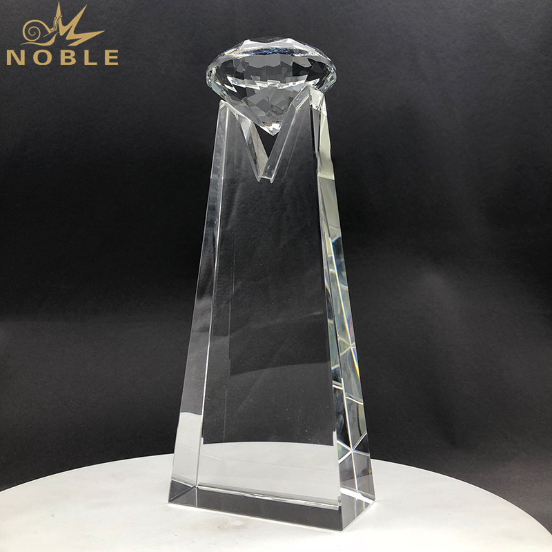Diamond Top Crystal Trophy Awards For VIP Souvenir Gifts