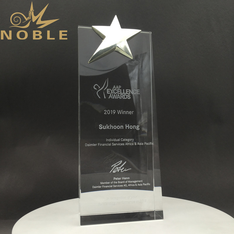 Noble Custom Engraving High Quality Silver Star Crystal Wedge Awards
