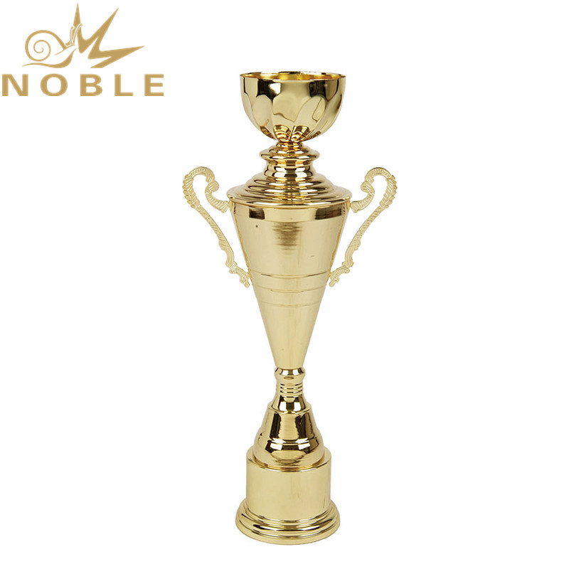 Best Selling High Quality Large Cup Trophy for Sports Games