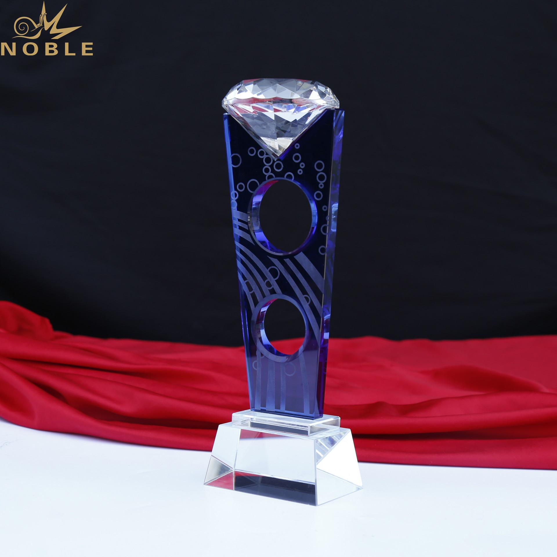 New Design Diamond Trophy Plaque K9 Crystal Trophy Award