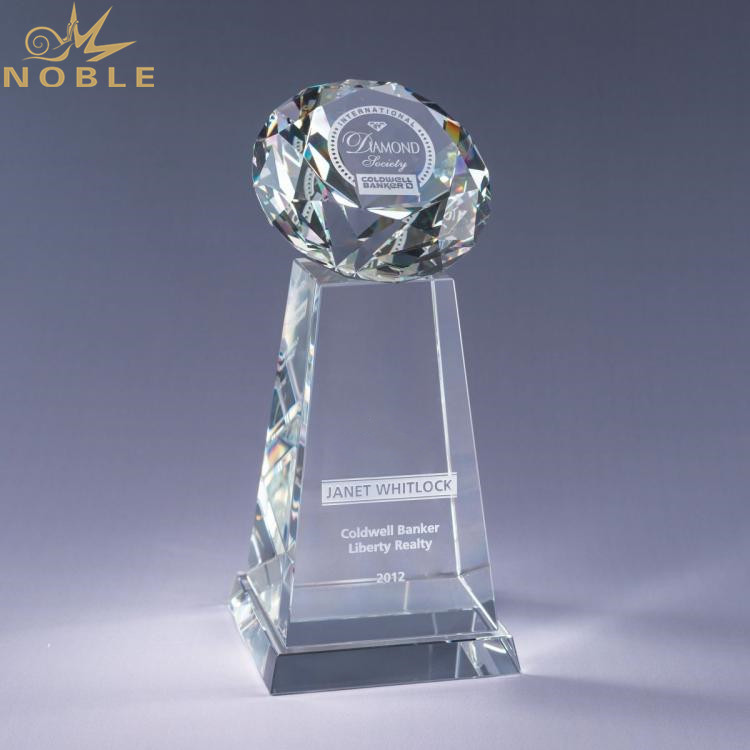Custom Transparent Awards Crystal Diamond Trophy