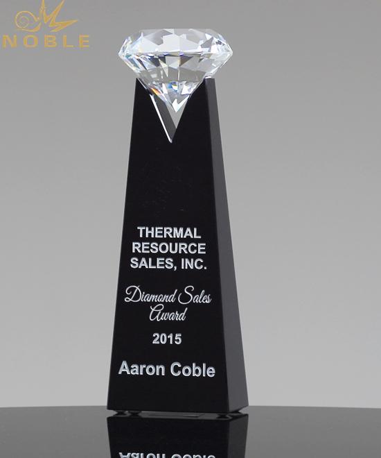 Diamond Crystal Trophy Award Customized Rising Diamond Shape Black Crystal Plaque Trophy