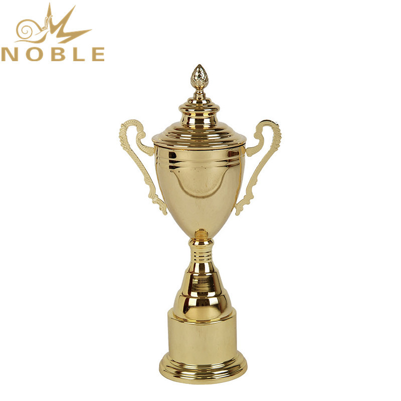 Best Selling different sizes Metal Cup Trophy for souvenir gift