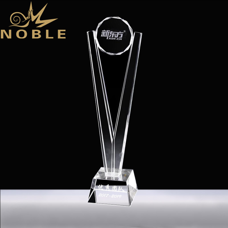 High Quality Custom Outstanding Crystal Award Trophy