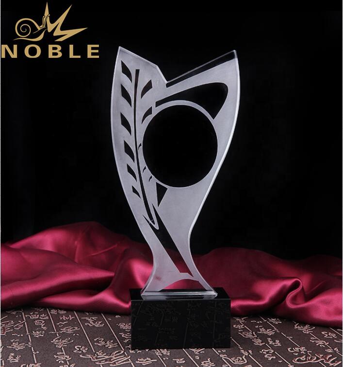 Custom Engraving Crystal Pigeon Trophy