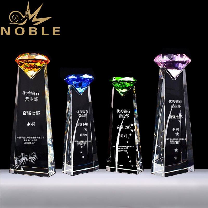 Popular New Design Crystal Diamond Trophy