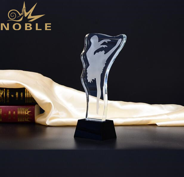 Noble New Design Free Engraving Crystal Dance Trophy